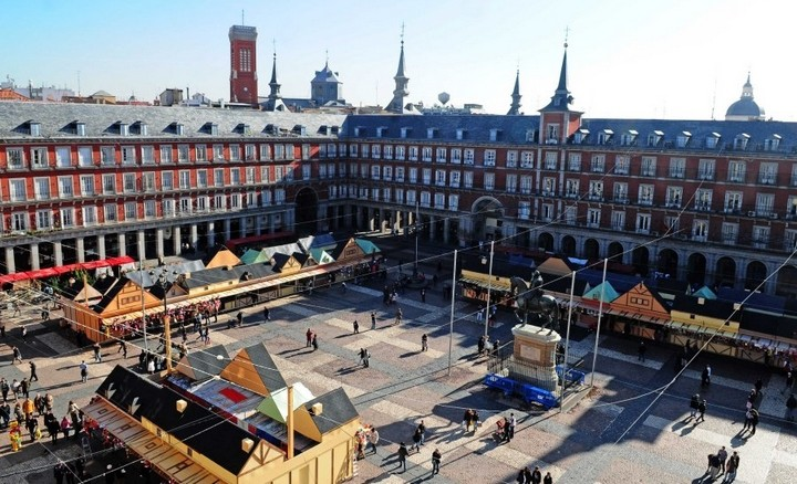 Plaza mayor madrid 2010 - Mercado de navidad en madrid ...