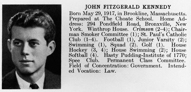 La fiche de JFK dans le yearbook de la Harvard University (1940)