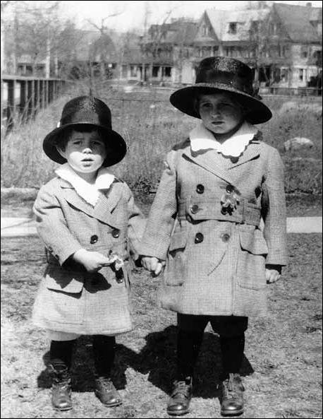 JFK et Joseph Patrick Jr (1919)