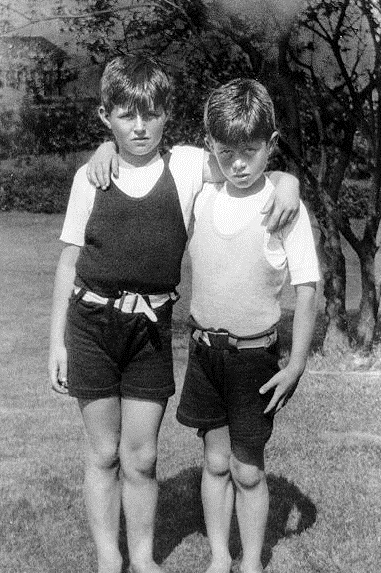 Joe Jr et JFK à Hyannis Port (1925)