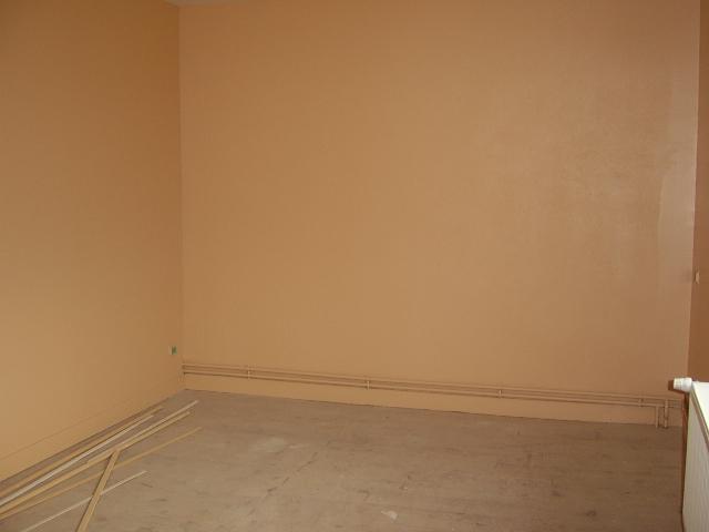 Comment peindre les murs avec cette chambre bleu for Peinture couleur caramel