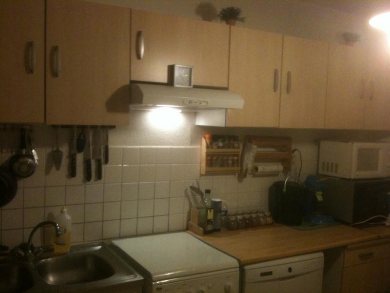 peindre mes meubles de cuisine help. Black Bedroom Furniture Sets. Home Design Ideas