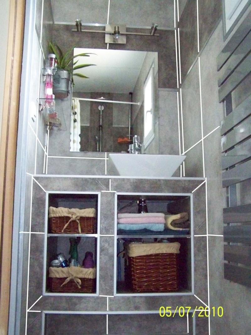 mini salle d eau dans une chambre