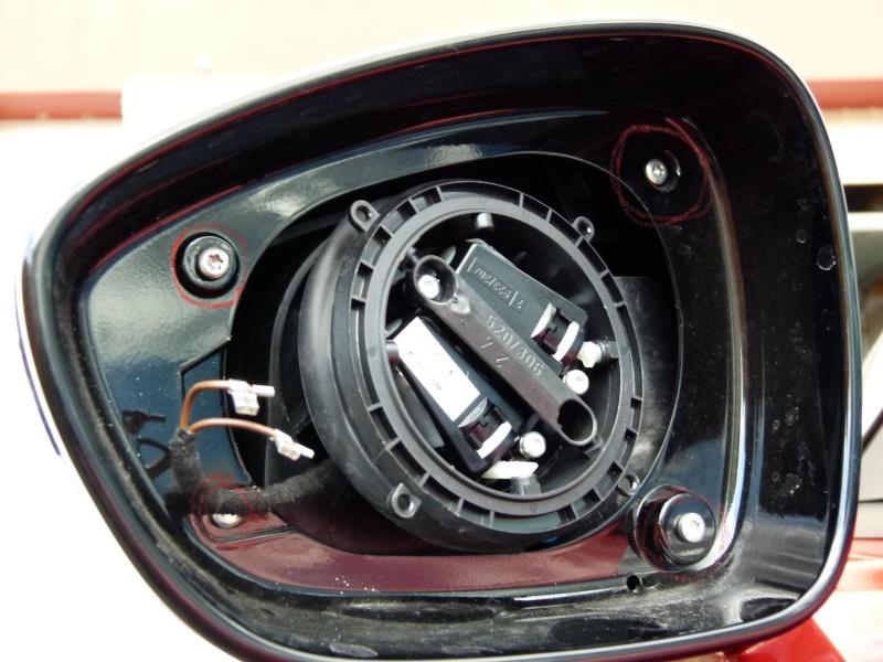 Tuto montage des coques de r tros en carbone for Remplacement miroir retroviseur exterieur
